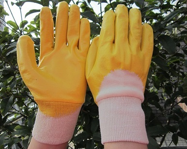 Yellow Nitrile half dipped glove